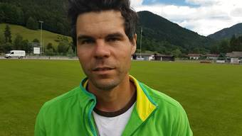 Rupert, Platzwart in Rottach-Egern, lobt den FCB im Video-Interview.
