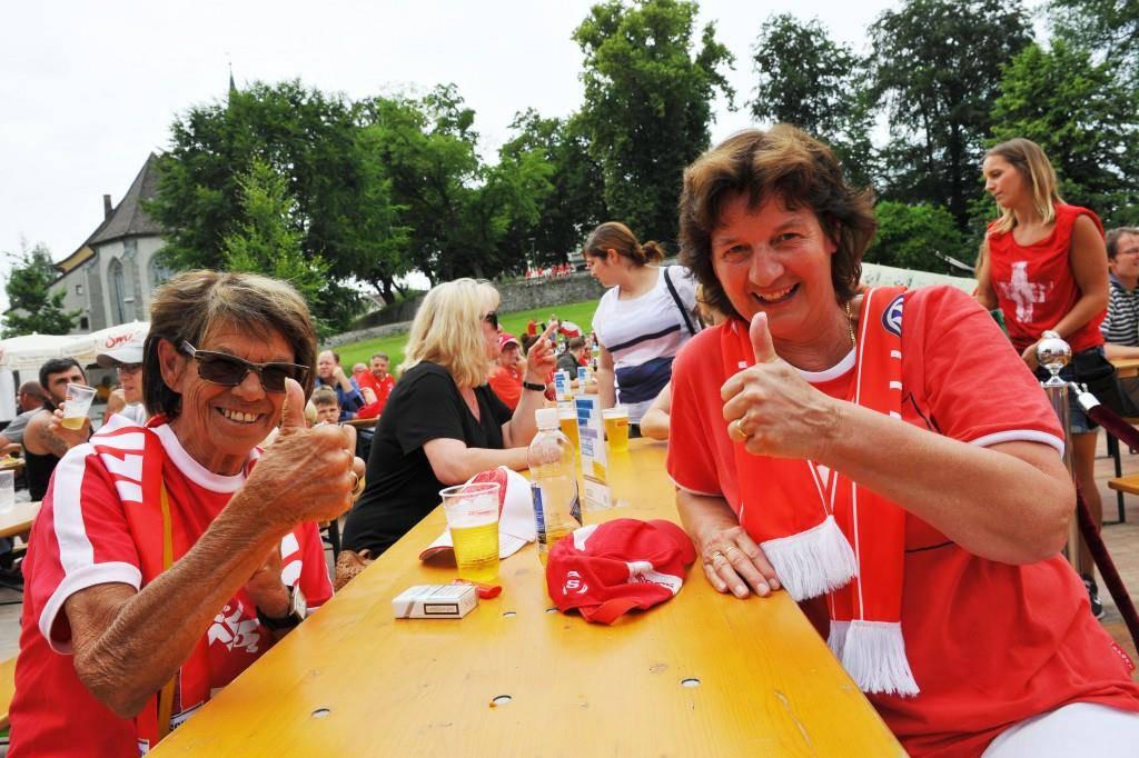 Public Viewing Arbon I - Schweiz gegen Polen (© Dieter Mathis)