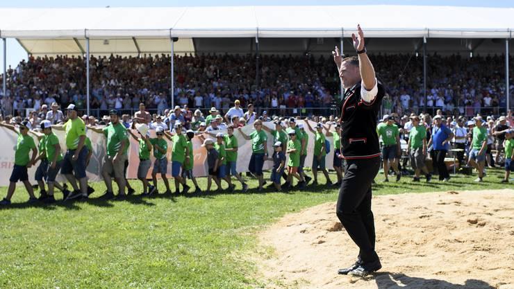 Am Bernisch-Kantonalen Schwingfest in Utzenstorf wird Sempach 2018 für seine Verdienste geehrt.