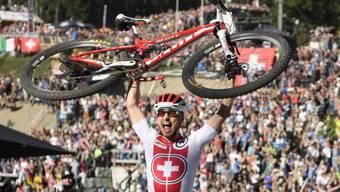 Der König der Mountainbiker: Nino Schurter wurde seiner Favoritenrolle gerecht und gewann auf der Lenzerheide zum siebten Mal WM-Gold