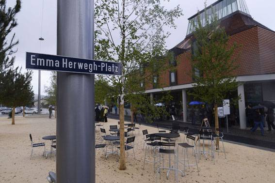 Der Emma Herwegh-Platz