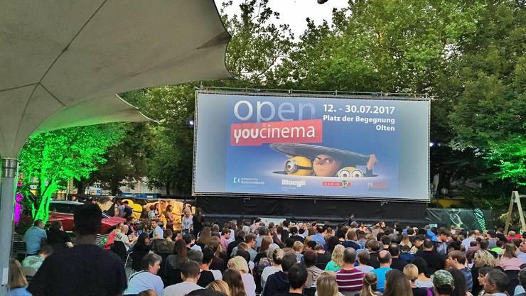 Letztes Jahr war open youcinema erstmals auf dem Platz der Begegnung; heuer ist der Ort wegen der Museumsbaustelle für die Cineasten nicht zu nutzen.