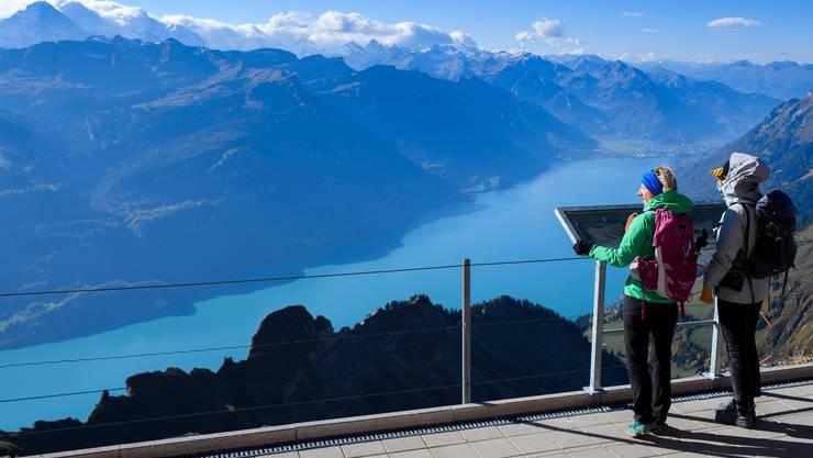 Geniessen die Vorzüge der Schweiz: Touristen auf dem Brienzer Rothorn.