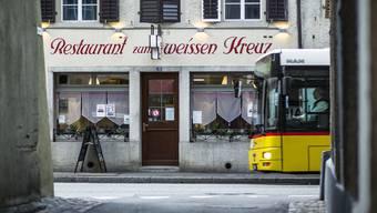 Die Gastro-Szene in der Mellinger Altstadt wächst: Das «Weisse Kreuz» (im Bild) und das «Scharf Eck» werden wiedereröffnet.