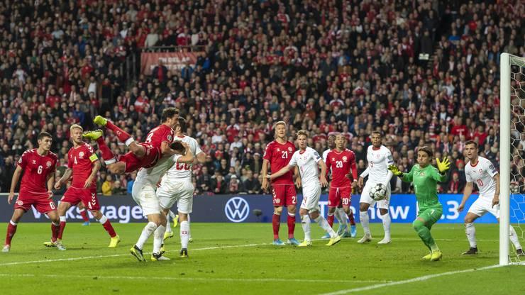 Die Schweizer haben seit ihrem zweiten Lattentreffer Mühe.