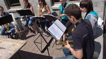 Die Stadtjugendmusik Dietikon/Brigels zog sich ins Pfingstlager zurück, um sich aufs Weltjugendmusikfestival vorzubereiten