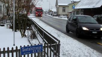 Mehr Sicherheit gewünscht: Seetalstrasse in Schafisheim. (tf)