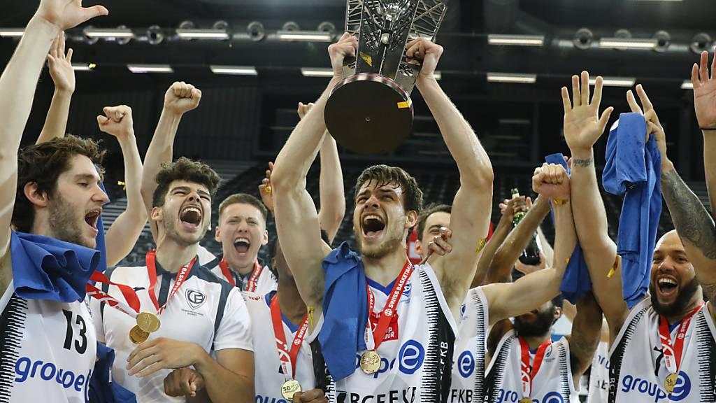 Favoritensieg: Fribourg Olympic kam gegen die überraschenden Starwings Regio Basel zum dritten Meistertitel in Serie