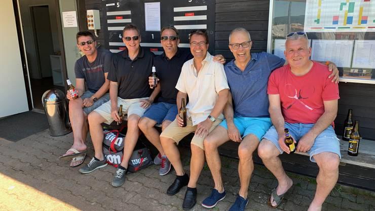 45+ 1. Liga-Herrenmannschaft mit wohlverdientem Durstlöscher