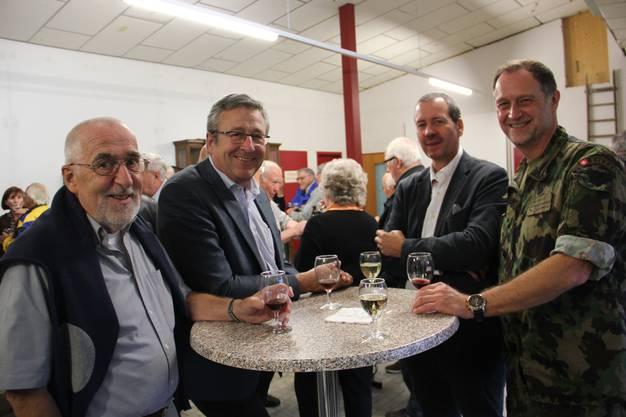 Rudolf Indergand (ehem. Amtschef Stv im AMZ), Andres Türler, AMZ-Amtschef Thomas Bär, Kreiskommantant Daniel Bosshard