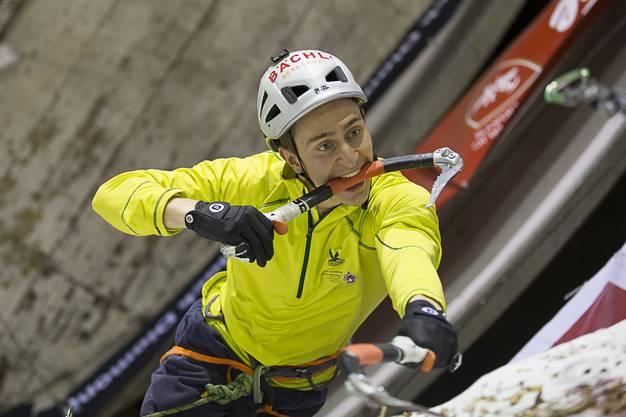 Kevin Huser aus Widen AG wir Schweizer Meister im Lead-Eisklettern.
