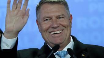 Strahlender Sieger und die Hoffnung der Ehrlichen im Lande: Rumäniens alter und neuer Präsident Klaus Iohannis.