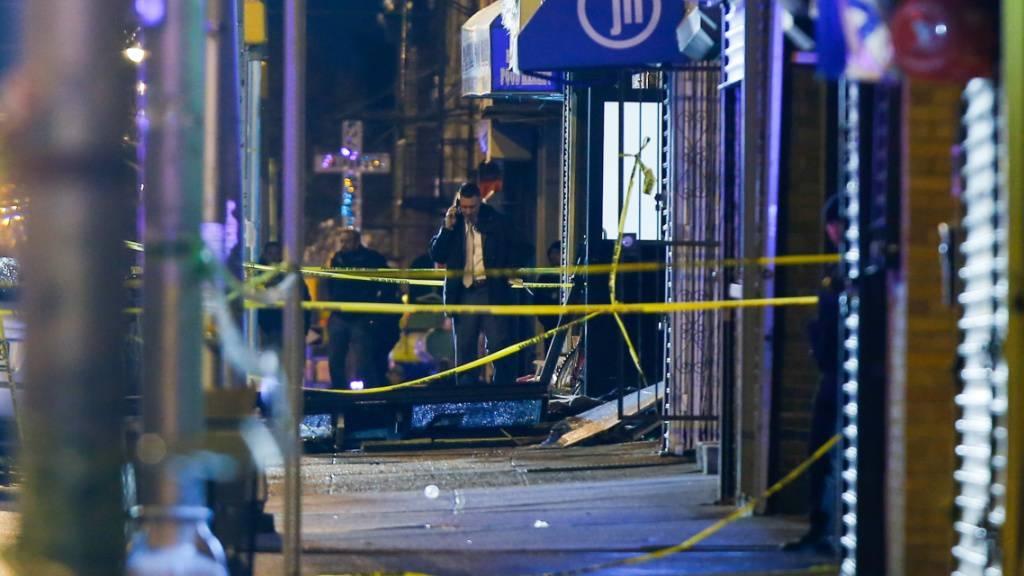 Sechs Tote bei wilder Schiesserei in Vorstadt von New York