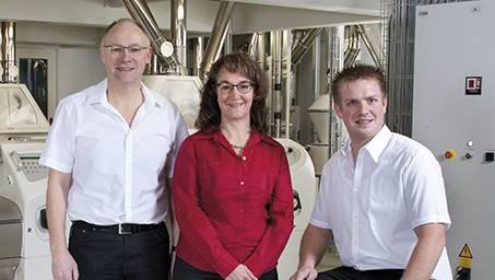 Das Team heute: Geschäftsleiter Hansjörg Knecht, seine Frau Rita Knecht (Administration) und Betriebsleiter Daniel Meier