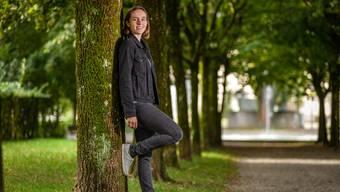 Ariane Dieth in einem Park: «Die Natur bedeutet mir sehr viel.» Sie setze sich aber auch für Kinder und Jugendliche ein.