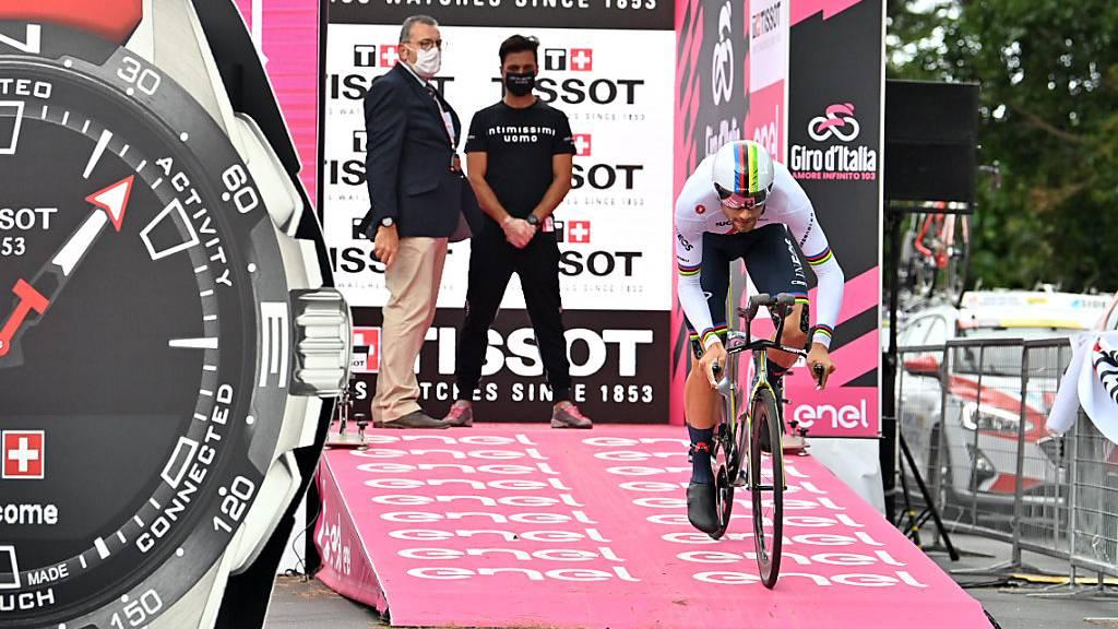 Zeitfahr-Weltmeister Filippo Ganna aus Italien fuhr bei seiner Giro-Premiere gleich ins Leadertrikot
