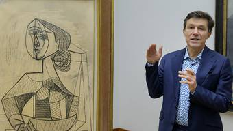 Josef Helfenstein, Direktor Kunstmuseum Basel, neben Pablo Picassos Bild «Femme dans un fauteuil». Seine Geschäftsleitung wird nun verstärkt.