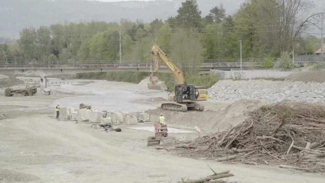 Jan Hostettlers Kunstprojekt «Pont» in der Emme bei Derendingen