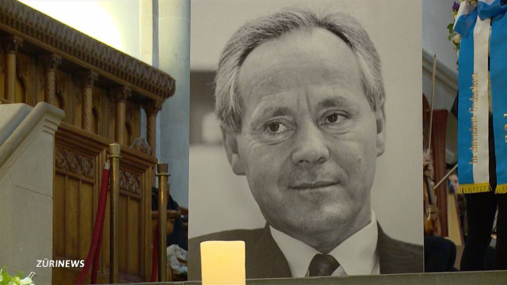 Prominenz erweist Köbi Kuhn letzte Ehre