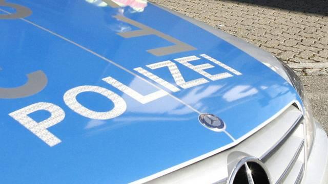"""Die Schwörstädter Ordnungshüter amteten ganz nach dem Motto """"Die Polizei, dein Freund und Helfer"""" (Symbolbild)"""