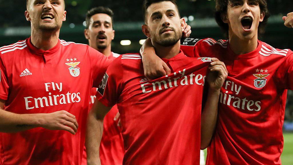 Haris Seferovic (links) traut seinem jungen Teamkollegen eine grosse Karriere zu