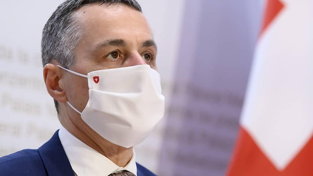 Aussenminister Ignazio Cassis strebt neue Verhandlung zum bilateralen Freihandelsabkommen an.