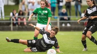Der FC St.Gallen-Staad (hier in der Saison 19/20 mit Karin Bernet im grün-weissen Trikot) eröffnet heute die Saison mit dem Heimspiel gegen GC.