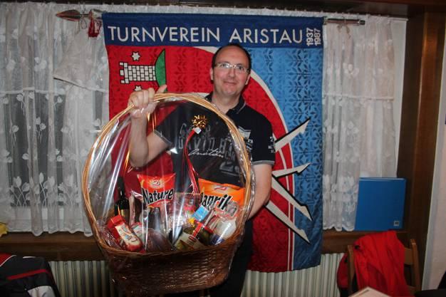 Daniel Bürgisser, Ehrenmitglied und seit 25 Jahren in der Aktivriege des STV-Aristau.
