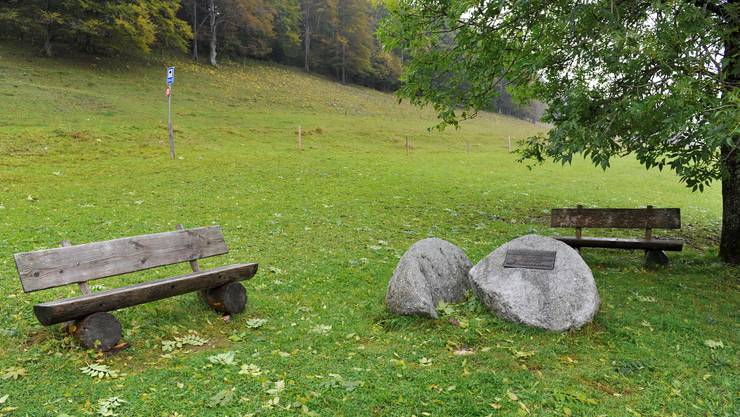 Die Gedenkstätte für den verstorbenen Willi Ritschard auf der Längschwand