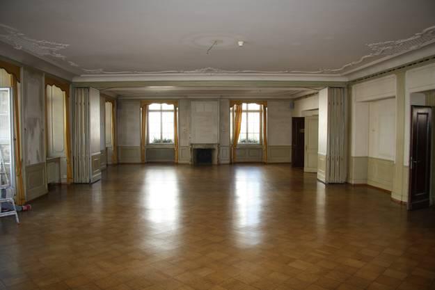 Im Herbst 2012 wurde das Hotel ausgeräumt; fast die gesamte Inneneinrichtung wurde nach China verkauft.