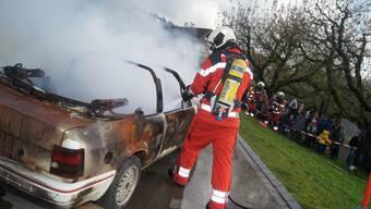 Feuerwehrübung in Uitikon / Ortsteil Ringlikon