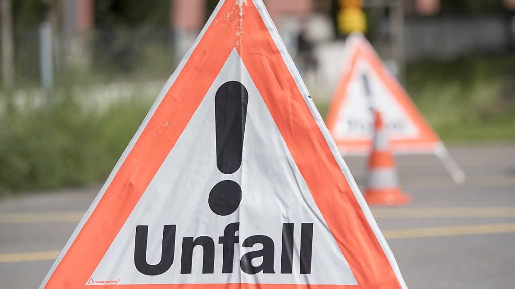 Kollision in Schattdorf UR: Autofahrerin leicht verletzt