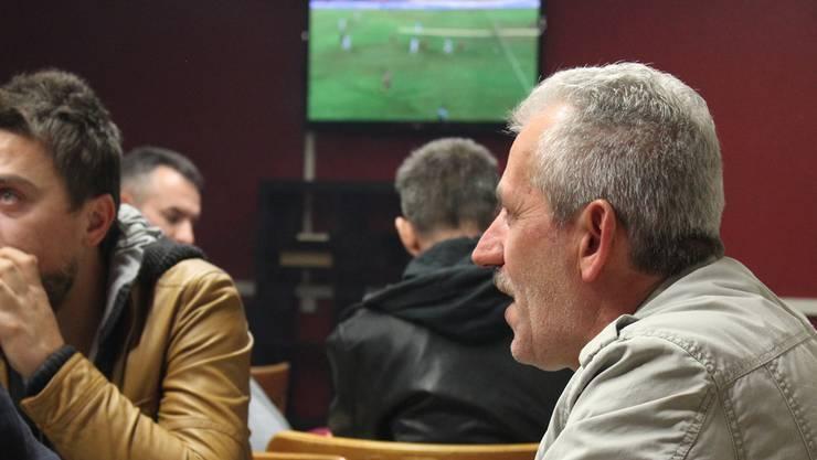 Im türkischen Kulturverein finden verschiedene Kulturen zusammen – Fussball verbindet.