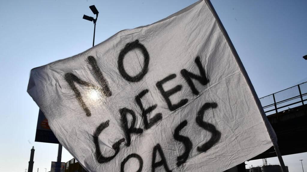 Proteste gegen Corona-Pass in Italien – Chaos bleibt zunächst aus