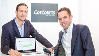 Radan Dabetic aus Staufen (links) und Thierry Barbey aus Lenzburg möchten mit ihrem Start-Up-Unternehmen «GotCourts» die Leute häufiger und einfacher auf die Tennisplätze locken.