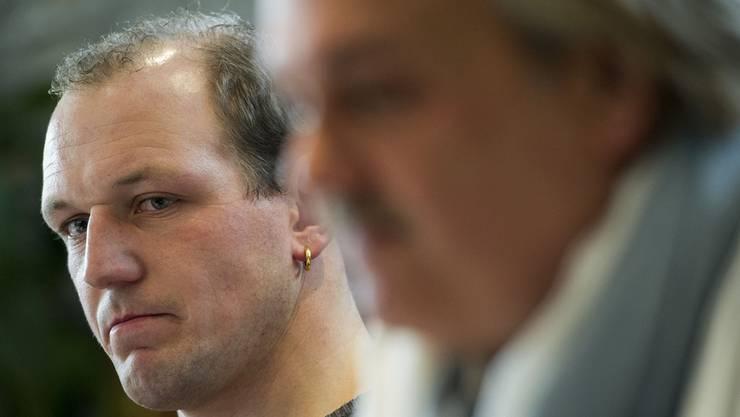 Wie lange halten Bruno Gisler (links) und Verbandsarzt Urs P. Martin noch an ihrer Version des Vorfalls fest?Key