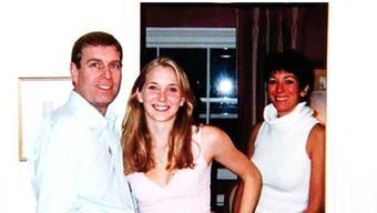 Belastendes Foto: Prinz Andrew mit der damals 17-jährigen Virginia Giuffre und Ghislaine Maxwell.
