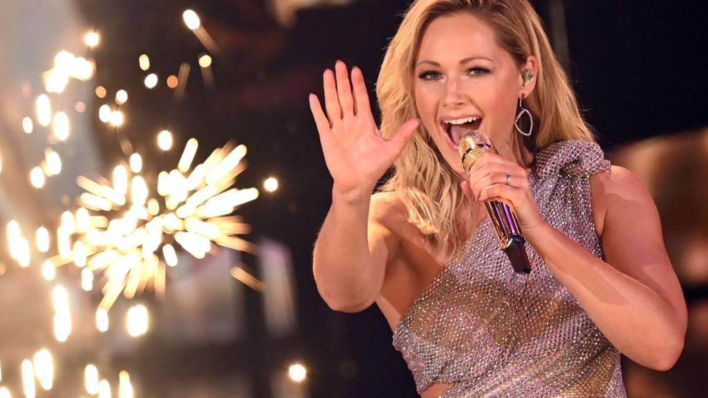 ARCHIV - Wegen der noch immer geltenden Corona-Beschränkungen für Großveranstaltungen hat das ZDF auch für dieses Jahr die große «Helene Fischer Show» an Weihnachten abgesagt. Foto: Britta Pedersen/dpa-Zentralbild/dpa