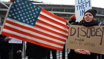 Protest am John F. Kennedy Airport von New York gegen Trumps Einreisesperre