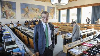 Als erster Landrat hat sich Klaus Kirchmayr (Grüne) durch den komplexen Jahresabschluss gekämpft.