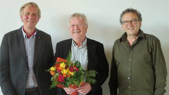 Sie haben gemeinsam für die Solothurner Sektion gekämpft (v.l.): Tagungspräsident Ueli Studer, Claude Barbey, neuer Präsident Visarte Solothurn, und Josef Felix Müller, Zentralpräsident Visarte Schweiz.