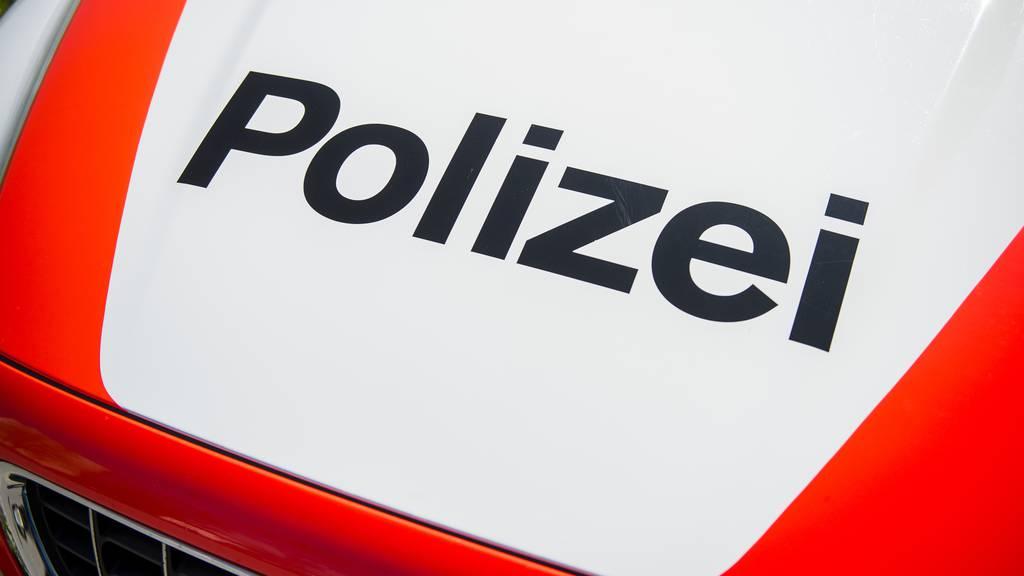 24-Jähriger fackelt Zopf einer Polizistin ab