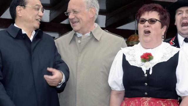 Schneider-Ammann beim Schweiz-Besuch von Chinas Premier Li Keqiang