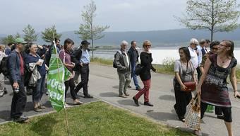Die Mitglieder der grünen Fraktion am Mittwoch auf ihrem Ausflug in Cernier am Neuenburgersee.