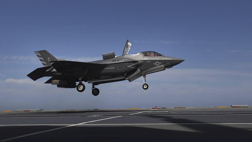 Der Tarnkappen-Jet F-35 soll das Verteidigungsdepartement VBS gemäss Medienangaben überzeugt haben. (Archivbild)