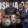 Schwergewichts-Weltmeister Anthony Joshua (links) wird von Alexander Powetkin (rechts) herausgefordert