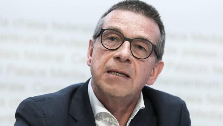 Der Epidemiologe und ehemaliger Leiter der wissenschaftlichen Task Force des Bundes befürwortet die Einführung eines Corona-Ampelsystems.