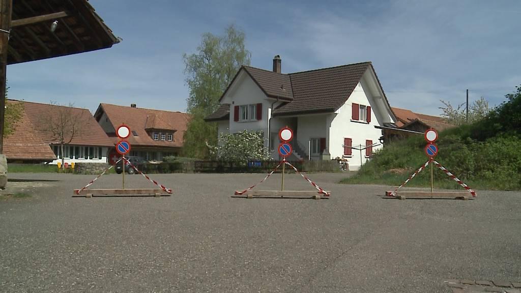 Nachbarschaftsstreit: Anwohner verbietet die Durchfahrt