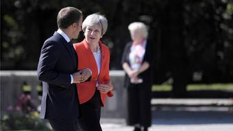 Freundlich im Ton, hart in der Sache: Theresa May findet wenig Gehör bei den übrigen EU-Staatschefs.