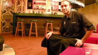 Möchte diese Bar zum Fumoir machen: Bayram Ygit, «Feldschlösschen»-Wirt an der Schmelzistrasse.